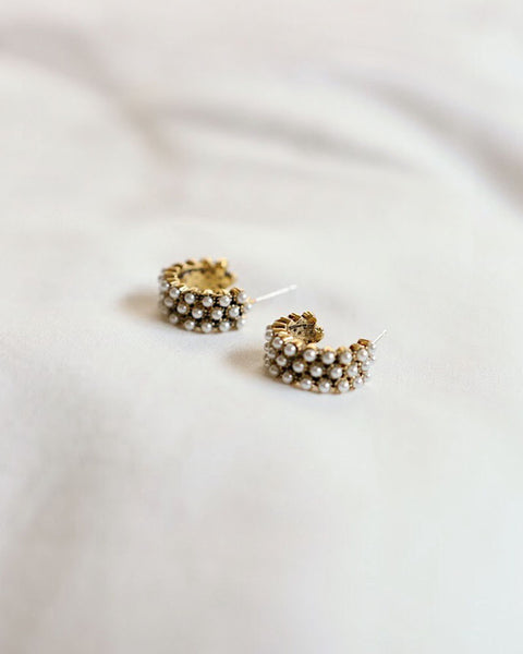 Loving the vintage vibe of these classy faux pearl hoop earrings by The Hexad