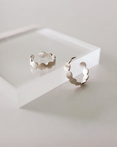 Minimalistic matte silver rings in a set of two - The Hexad Jewelry