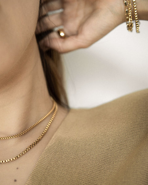 Modern vintage square link chain for effortless layering @thehexad
