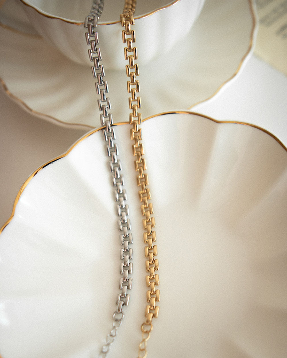 Tetris chain link choker in gold and silver colours by The Hexad Jewelry