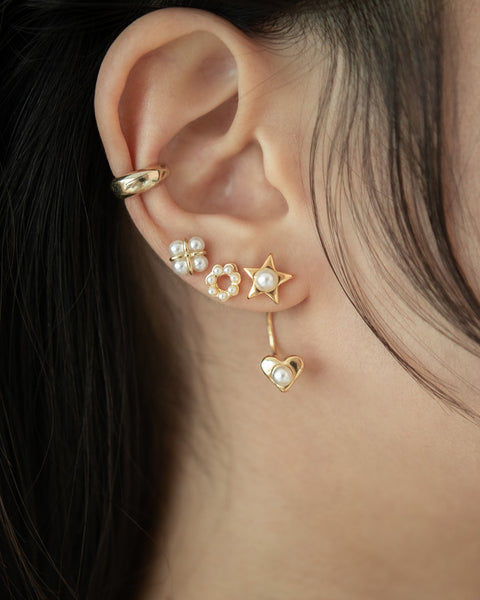TheHexad pearl and gold earrings collection