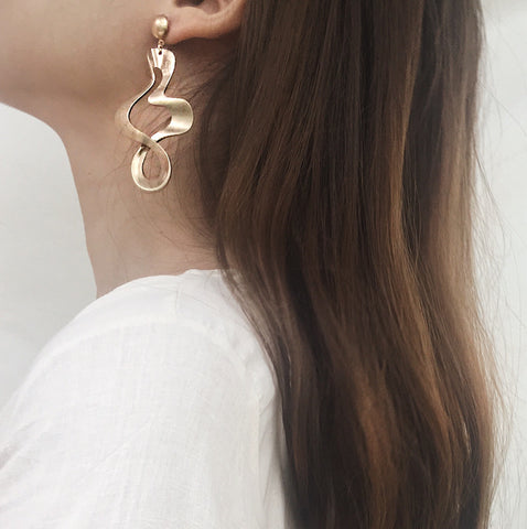 The Svana Earrings has a vintage vibe to it and makes a statement stand-out piece - TheHexad