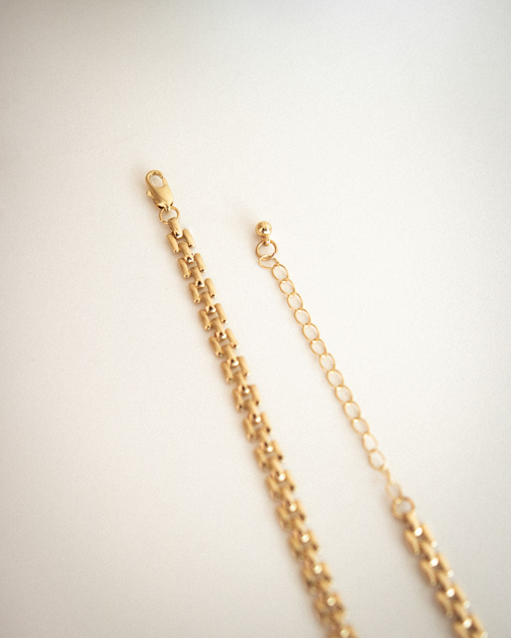 Trendy chain necklace with versatile extender for different lengths - Tetris Choker by The Hexad