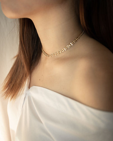 Versatile and classy gold chain link choker necklace by The Hexad