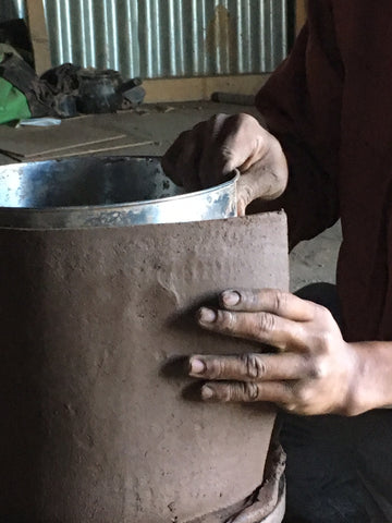 The Making of the Black Clay Pottery of Terra Klay