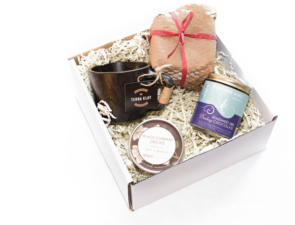 Mugs and Drinking Hot Chocolate Gift Set