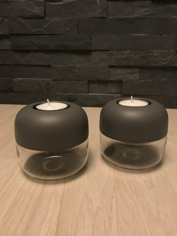 Menu Tealight i carbon grå.