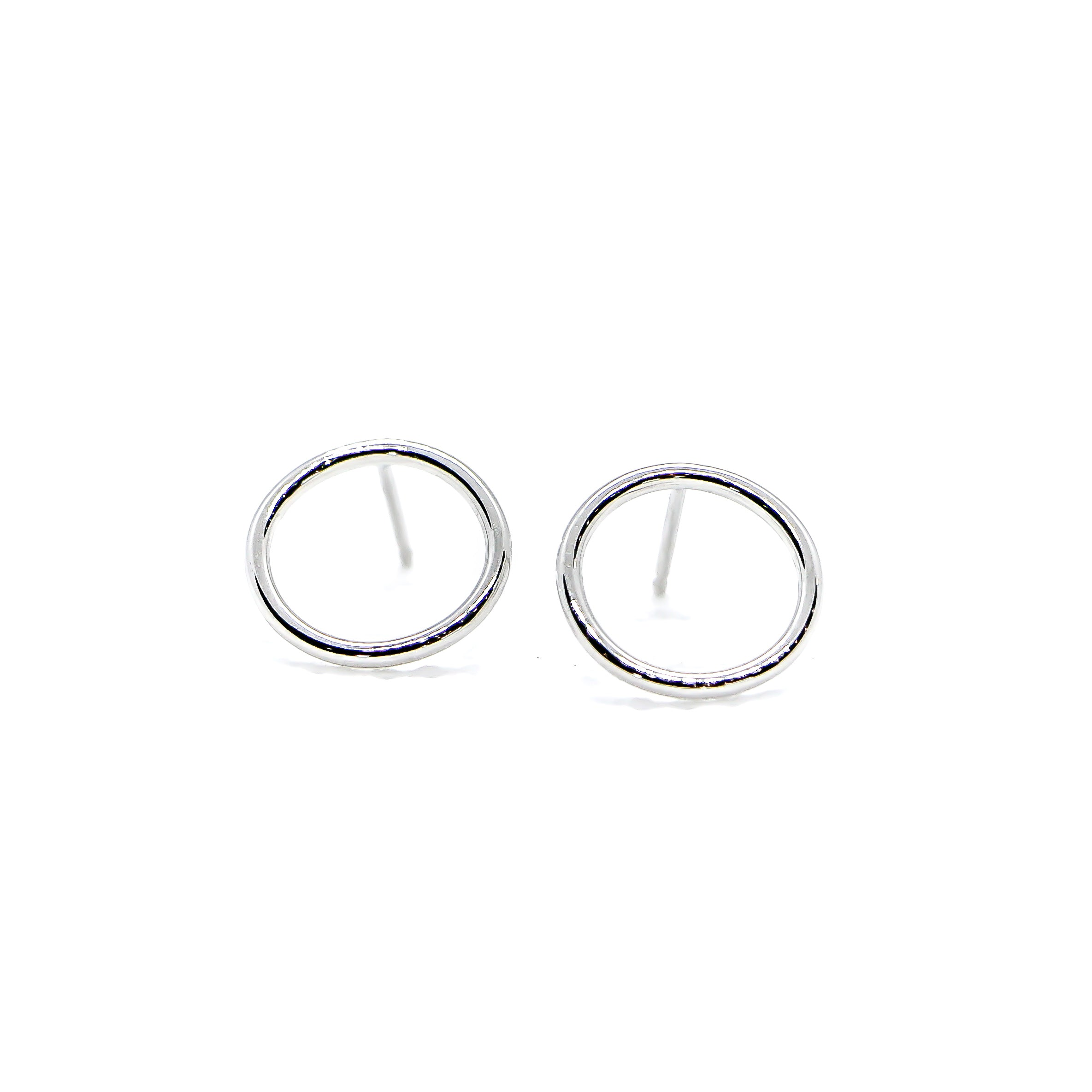 Hand Made 14k White Gold Circle Earrings