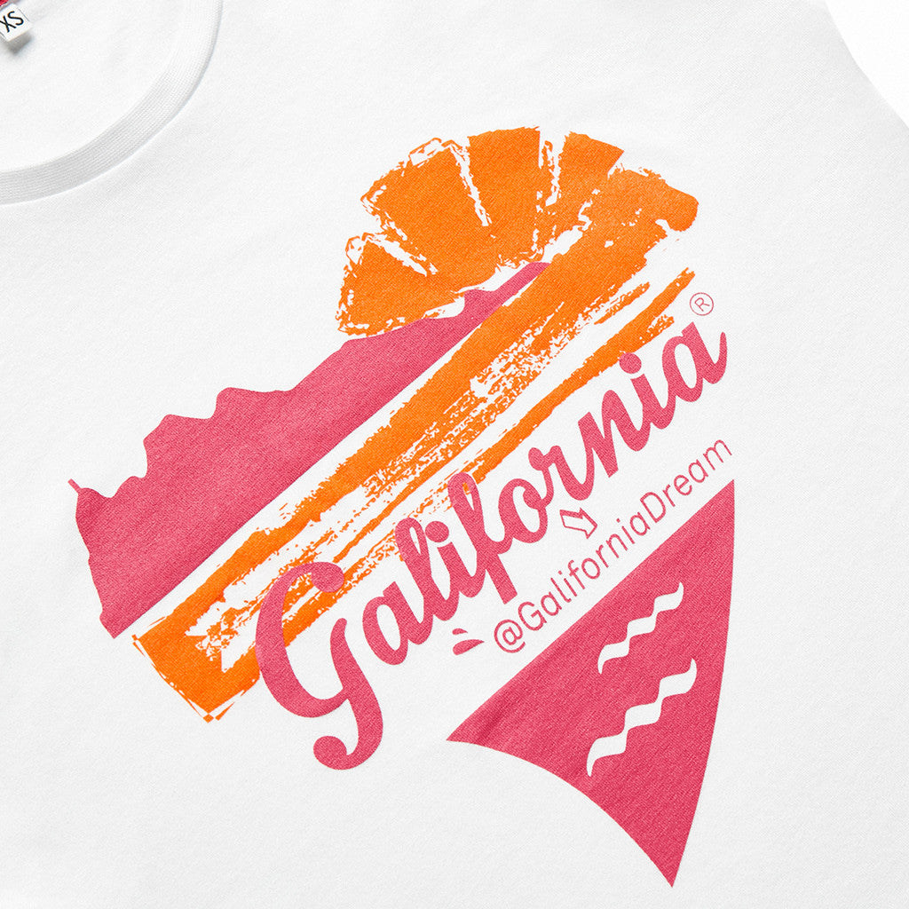 Camiseta blanca galifornia sunset mujer detail