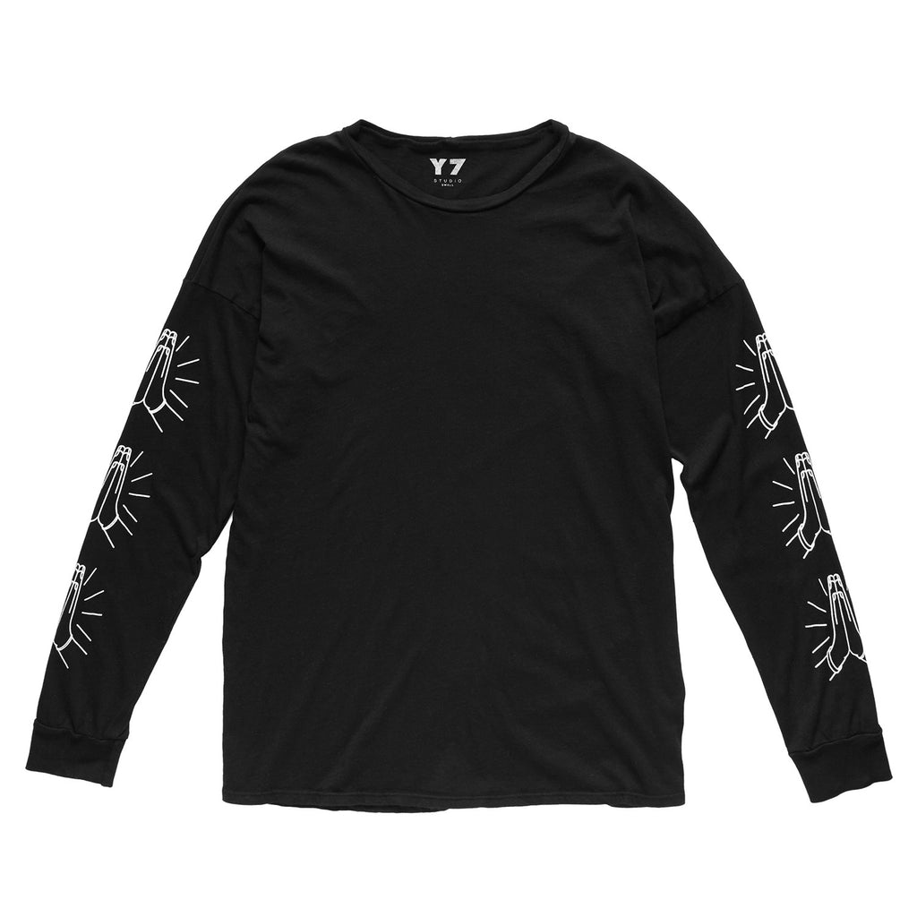 Y7 Lassie L/S Shirt W/ Hands on Sleeve