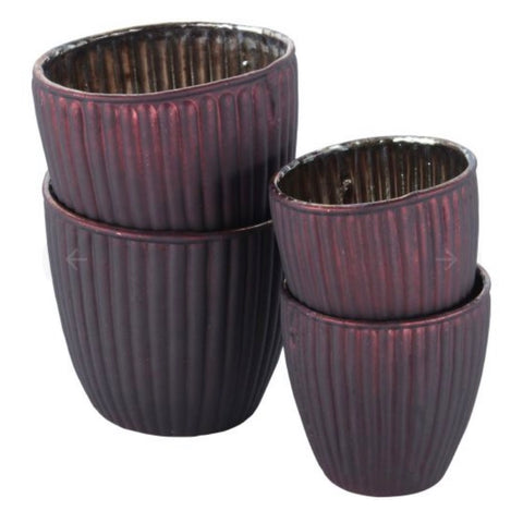 Ribbed burgundy tea light holder