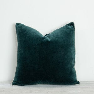 Large Pine Velvet Cushion