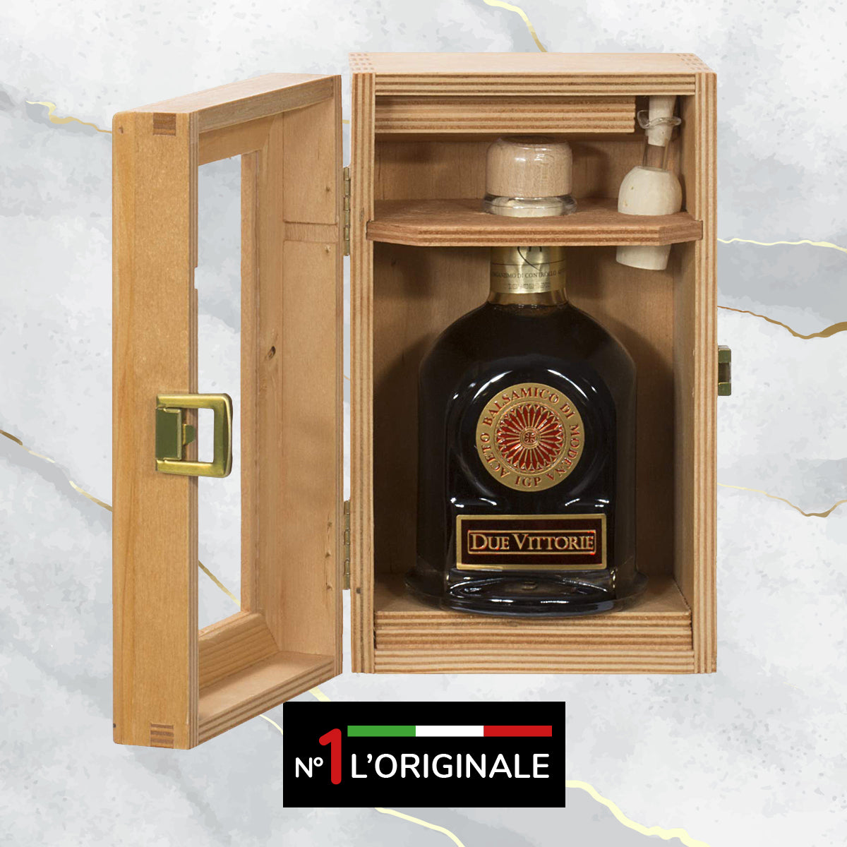 Due Vittorie Oro Gold Balsamic Vinegar Special Edition - with Pourer in Wooden Gift Box - 8.45fl oz/250ml