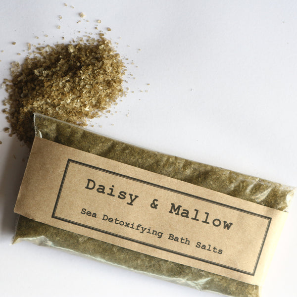 Sea Detoxifying Bath Salts - Sample/Travel Size - Daisy & Mallow