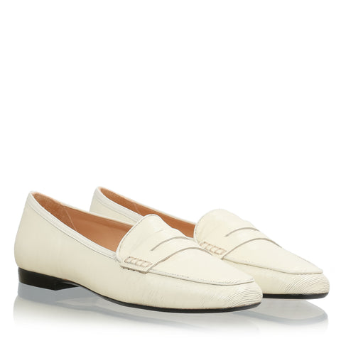 Texture leather moccasin, white