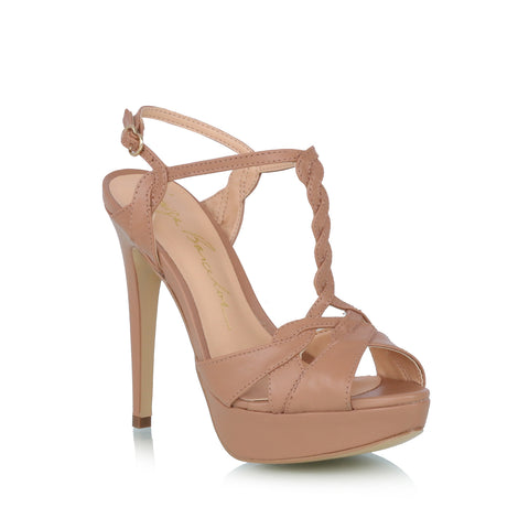 Leather plataform sandals, nude