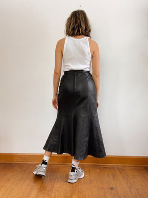 LEATHER RUFFLE HEM SKIRT / 26""