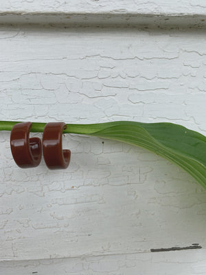 PECAN LUCITE EARRINGS