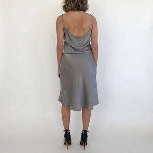 f10cbb5287c5 SILVER SLIP DRESS / SMALL – dry vtg and