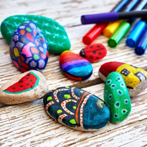 MakerNight: Pebble Art (Ages 18+) -- April 2, 2019, 6:30-8:00pm