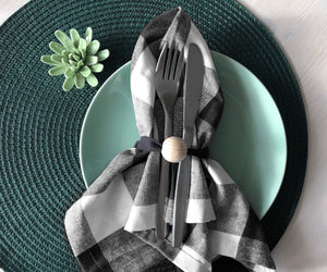 Black and white plaid napkins