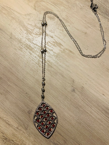 Red Bead Long Necklace
