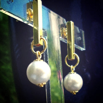 18ct Gold Plated Pearl Effect Drop Earrings