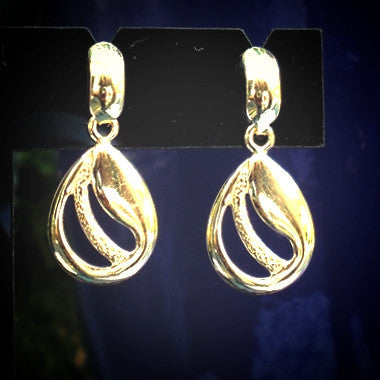 18ct Gold Plated Teardrop Design Earrings