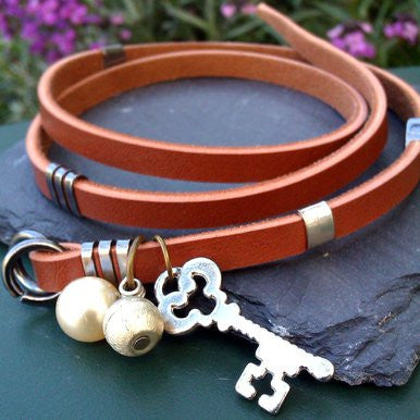Brown Wrap-Around Leather Bracelet with Pearl and Key