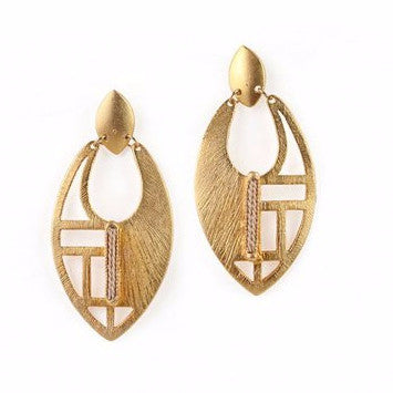 Gold Plated Contemporary Metal Earrings with Buriti Palm Straw Detail