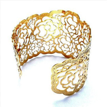 18ct Gold Plated Flower Motif Cuff