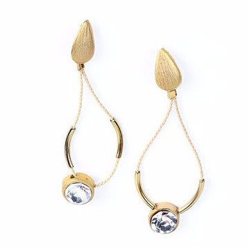 Gold Plated Metal and Large Strass Stone Earrings with Buriti Palm Straw Detail