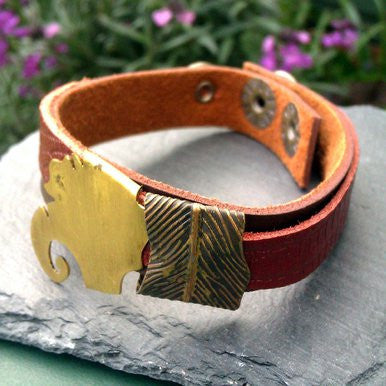 Narrow Brown Leather Bracelet with Metal Safari Ornament