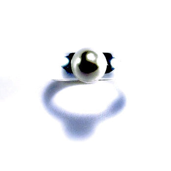 Silver Plated Ring with Pearl Effect