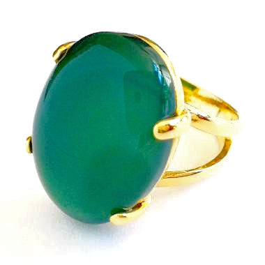 18ct Gold Plated Ring with Oval Green Agate Gemstone