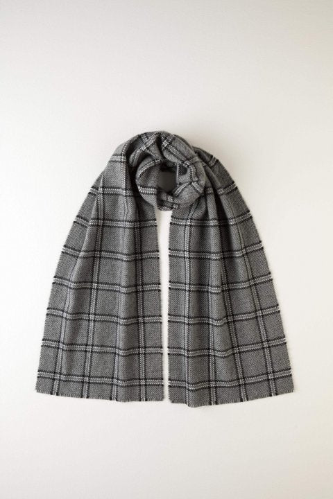JOHNSTONS OF ELGIN - WINDOWPANE GREY CASHMERE SCARF