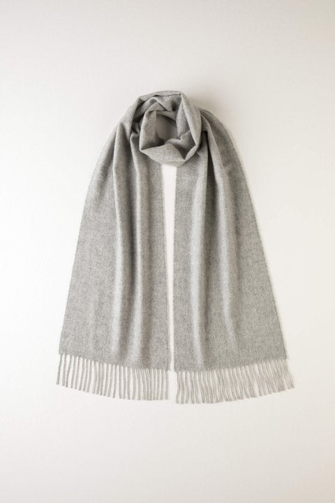JOHNSTONS OF ELGIN - PLAIN SILVER CASHMERE SCARF