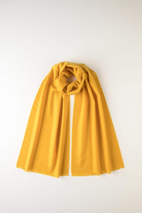 JOHNSTONS OF ELGIN - PLAIN YELLOW MERINO SCARF