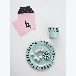 Design Letters Numbers Gift Set in green - Scandibørn