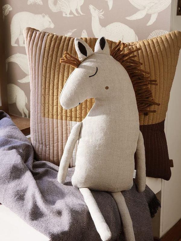 Ferm Living Safari Cushion Horse - Natural - Scandibørn