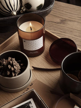 Ferm Living - Scented Candle Christmas Calendar in Red/Brown - Scandibørn