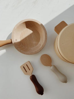 Konges Sløjd Wooden Pots and Pans Set - Scandibørn