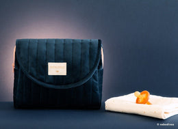 Nobodinoz Savanna Velvet Maternity Case in Night Blue - Scandibørn