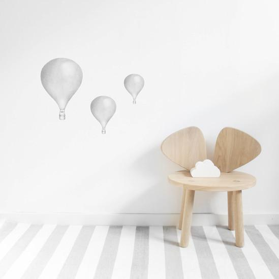 Stickstay Three Balloons wall transfer in light grey - Scandibørn