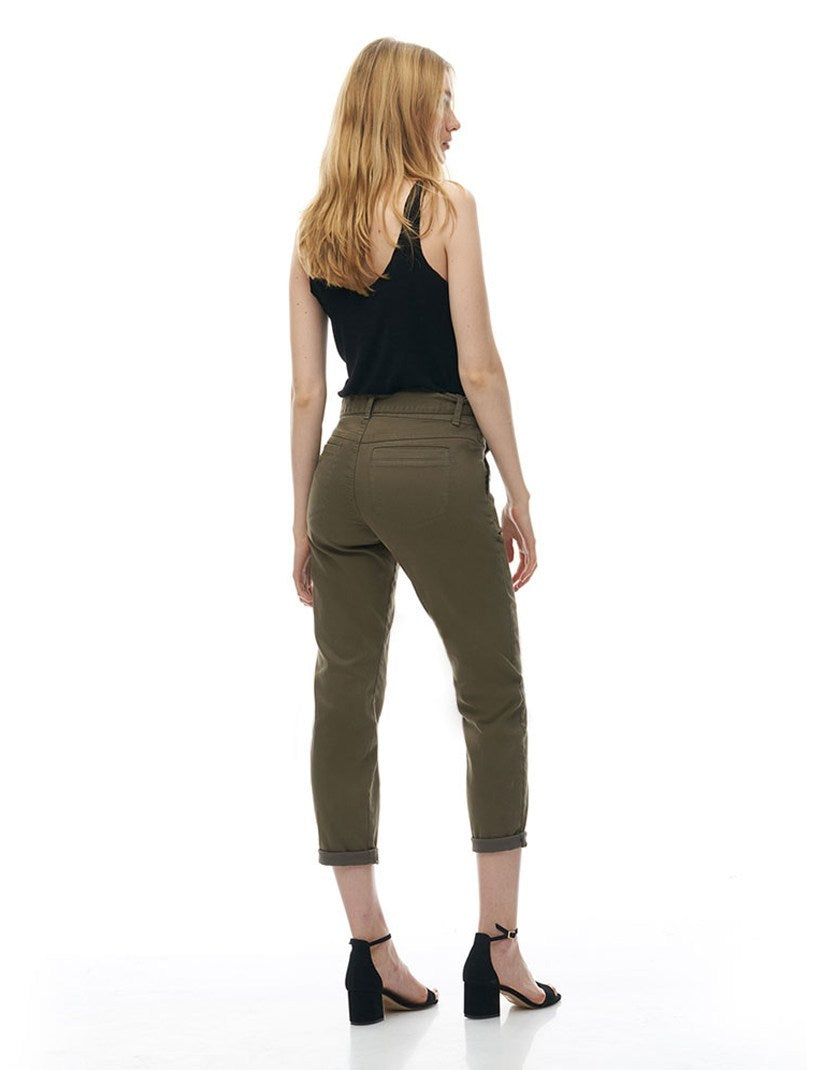 Malia Relaxed Slim Jeans