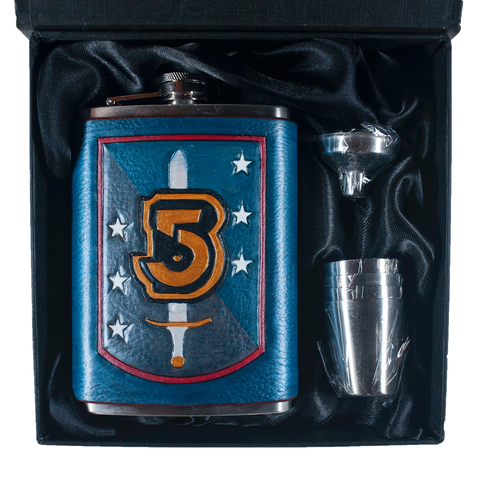 Babylon 5 Shield Inspired Flask Set