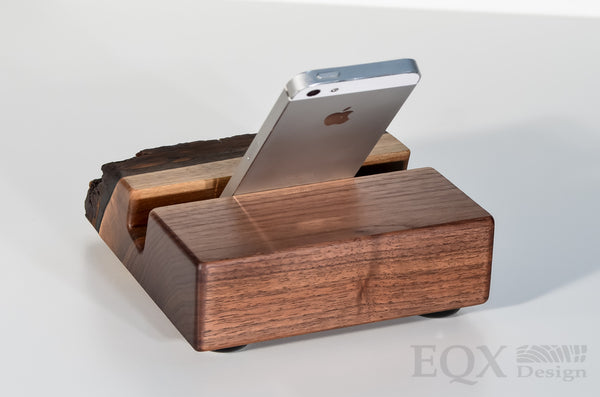 Charging station for iPhone / Convergence