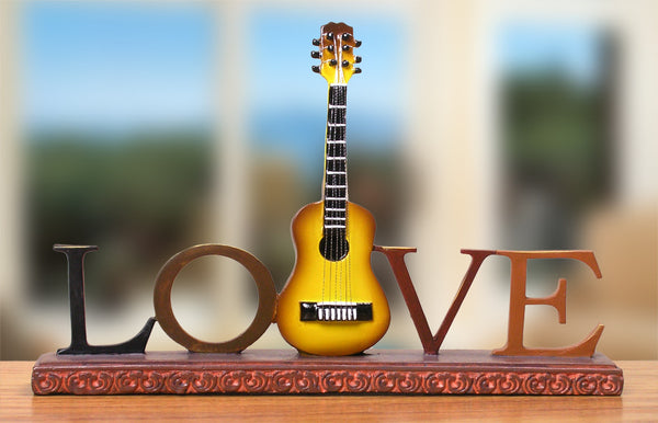 Love Guitar Desktop Decoration(1162)