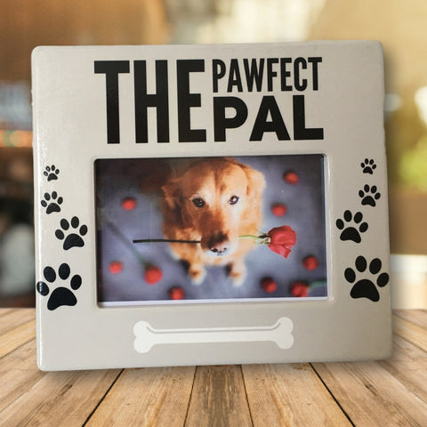 Dog Picture Frame - The Pawfect Pal Photo Plaque - 4 x 6 Inch Photograph Opening