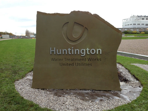 Sandblast Signage - Stone, Wood, Boulders, Granite Hard Sinage - United Flags And Flagstaffs